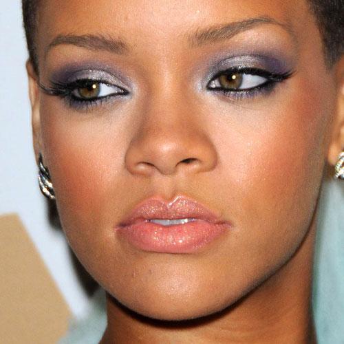 Rihanna Makeup: Purple... Rihanna Makeup