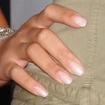 4-rihanna-nails