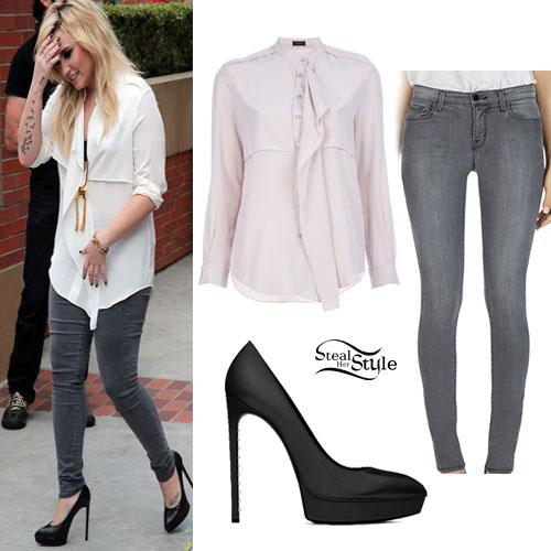 Celebrity Fashion Demi Lovato Fashion