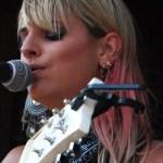 juliet-simms-hair-blonde-pink