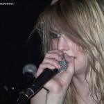 juliet-simms-hair-blonde-wavy-1