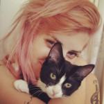 juliet-simms-hair-pink