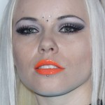 kerli-orange-lipstick