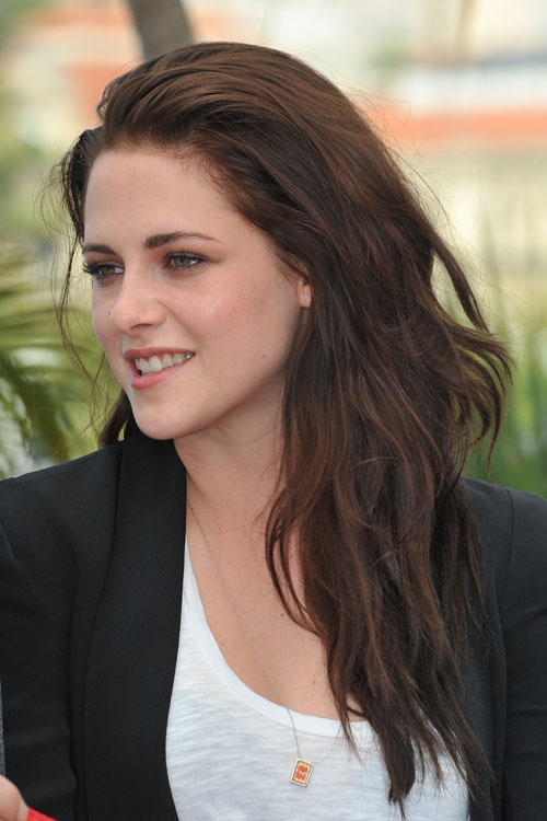 Kristen Stewart Wavy Medium Brown Long Layers Side Part