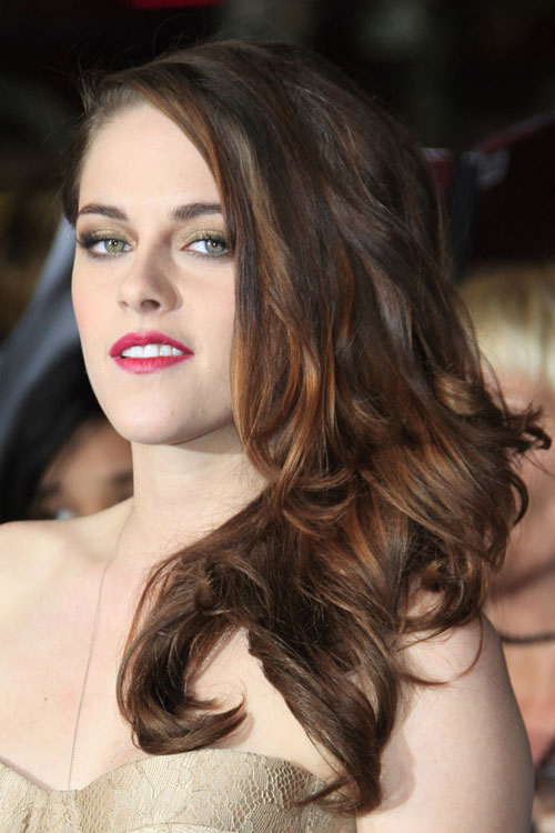 Kristen Stewart Wavy Dark Brown Side Part Hairstyle