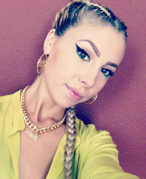 Lil Debbie Nails: Lil Debbie Straight Golden Blonde Braid, Extensions
