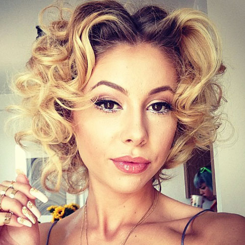 Lil Debbie's Hairstyles & Hair Colors