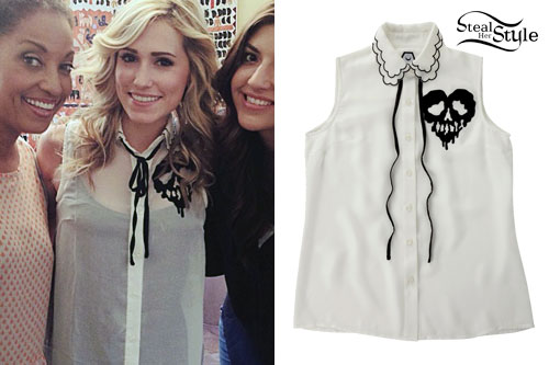 Mindy White: Skull Sleeveless Blouse