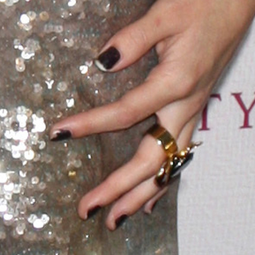 Selena Gomez Black Nails Steal Her Style