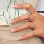 selena-gomez-nails-french-manicurex2