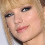 14-taylor-swift-makeup