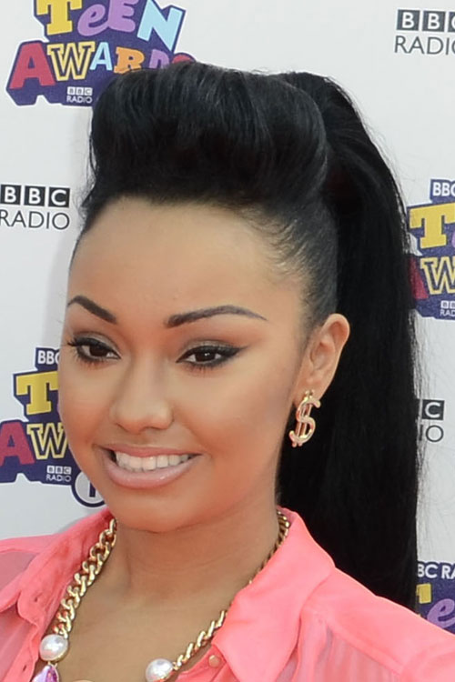 17-leigh-anne-pinnock-hair