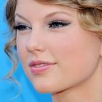 18-taylor-swift-makeup