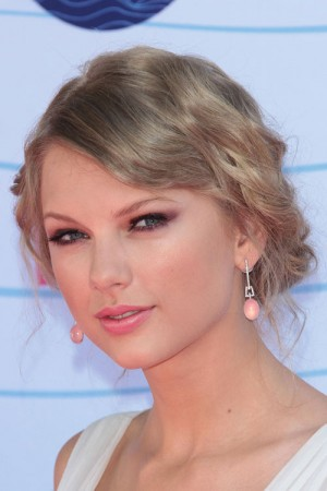 31-taylor-swift-hair