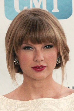 44-taylor-swift-hair