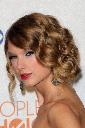 7-taylor-swift-hair