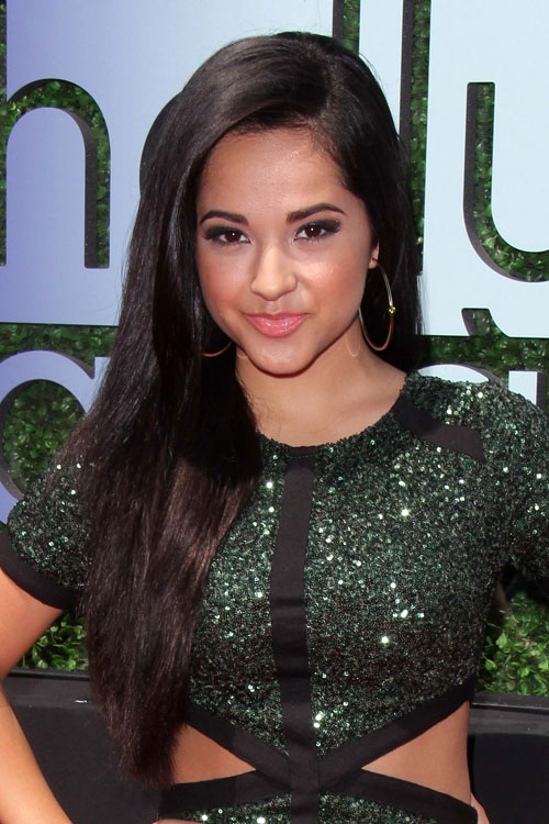 Becky G S Hairstyles Hair Colors Steal Her Style Page 5