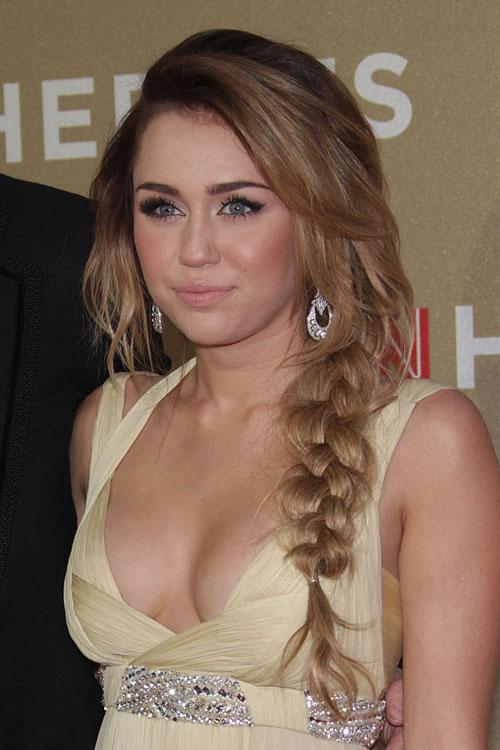 Miley Cyrus Wavy Light Brown Braid Side Part Hairstyle
