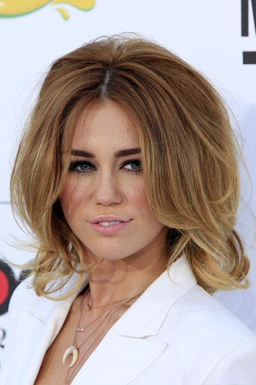 More Pics of Miley Cyrus Medium Layered Cut (18 of 26 ... |Miley Cyrus Shoulder Length Hair 2012