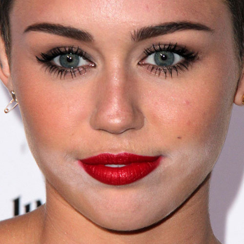 miley cyrus makeup brown eyeshadow amp red lipstick steal