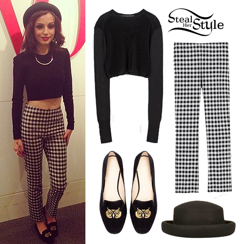Cher Lloyd at the Teen Vogue Offices in NYC September 10th, 2013 - photo: cherlloyddaily.com