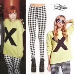 Hayley Williams: X Sweater, Check Leggings