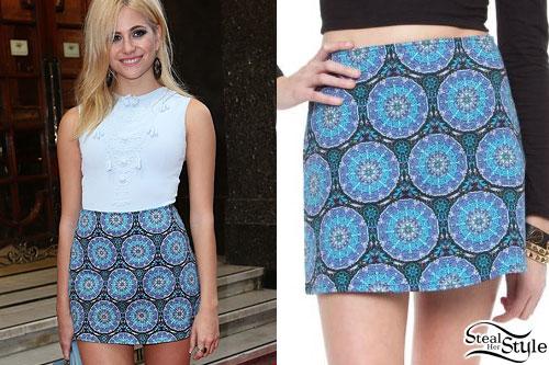 Pixie Lott: Blue Printed Mini Skirt