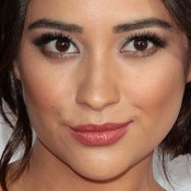 Shay Mitchell fashion