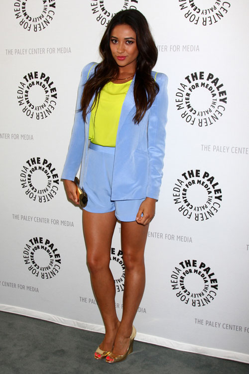 shay-mitchell-8-outfit Shay Mitchell Body Shape