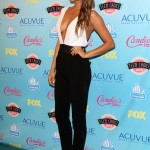 shay-mitchell-9-outfit