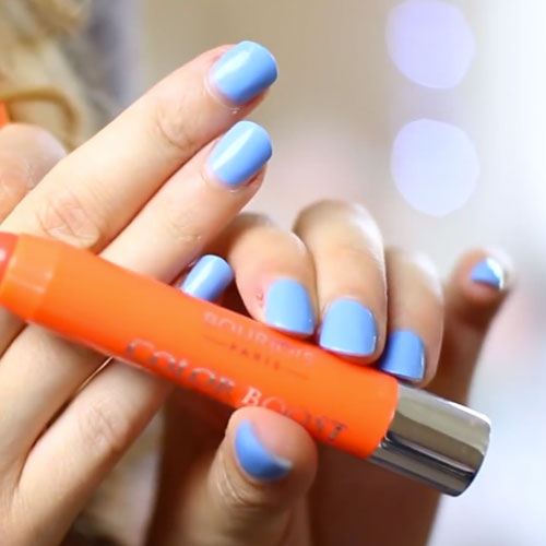 zoella-nails-light-blue