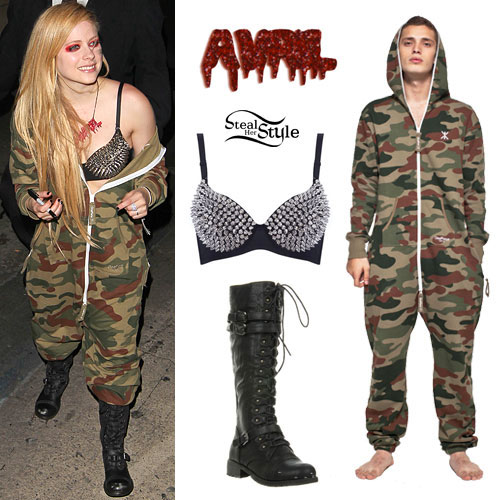 Avril Lavigne: Camouflage Onesie Outfit