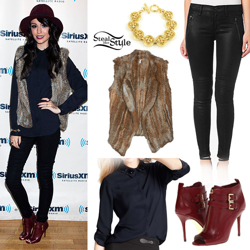 Cher Lloyd at the Sirius XM Studios October 14th, 2013 - photo: cherlloyddaily.com