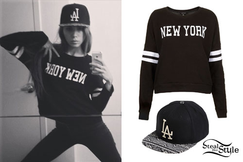 Christina Perri: New York Sweater, LA Hat