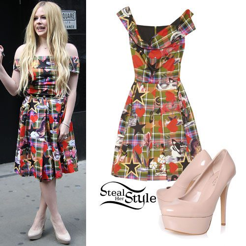 Avril Lavigne: Mixed Print Dress, Nude Pumps