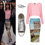 Carly Rae Jepsen: Pink Sweater, Gray Converse