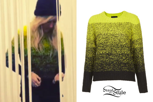 Ellie Goulding: Green & Black Ombre Sweater