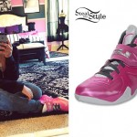 Zonnique Pullins: Pink Nike Sneakers
