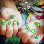 becky-g-green-floral-nails