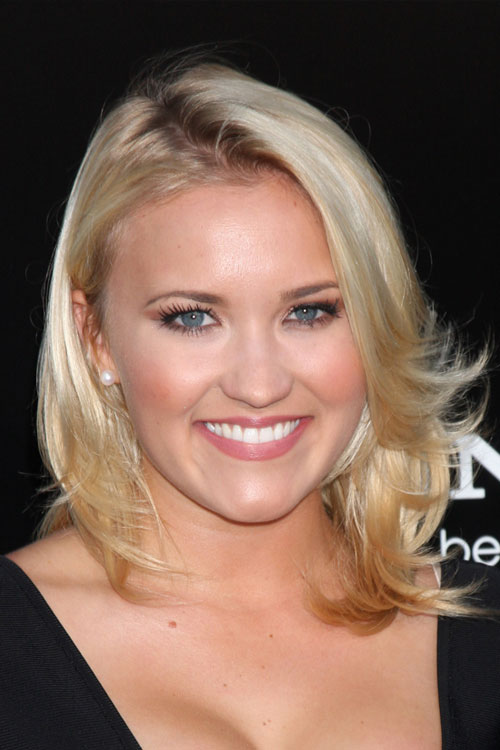 Emily Osment's Hairstyles & Hair Colors | Steal Her Style
