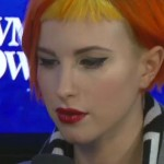 hayley-williams-makeup-winged-liner-red-lips