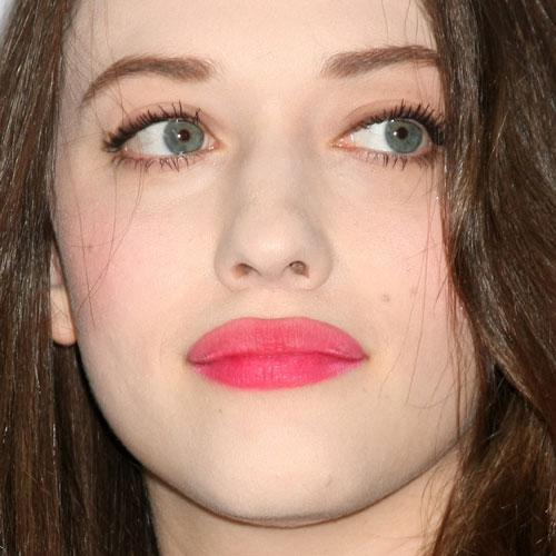 Kat Dennings Makeup Nude Eyeshadow Amp Hot Pink Lipstick