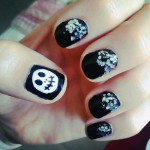 mindy-white-jack-skellington-nails