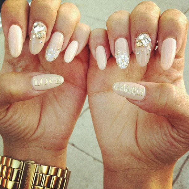 Cute Stiletto Nail Art: Steal Her Style