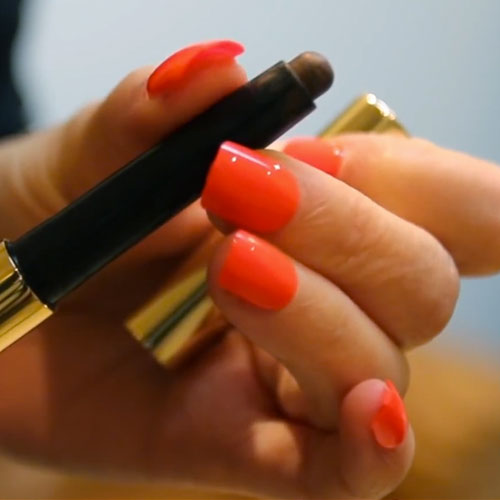 zoella-orange-nails