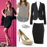 Bella Thorne: Candies Outfit