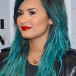demi-lovato-hair-teal-wavy