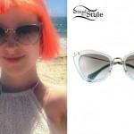 Hayley Williams: Green Transparent Sunglasses