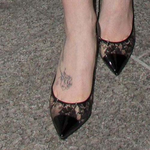 Cutiepiemarzia Foot Tattoo lily-collins-foot-tattoo