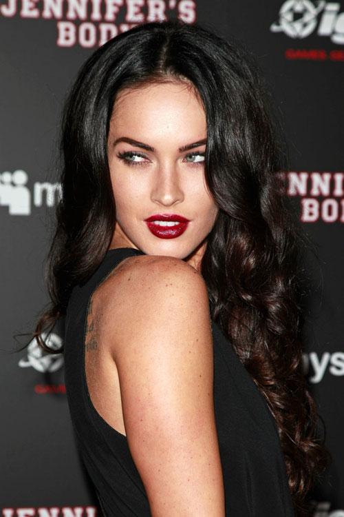 Megan Fox Curly Dark Brown Hairstyle Steal Her Style